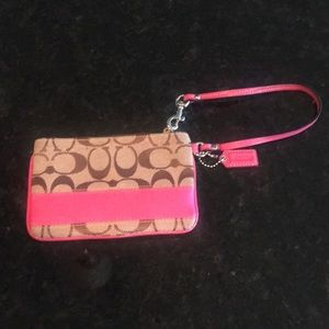 COACH wristlet....great condition!